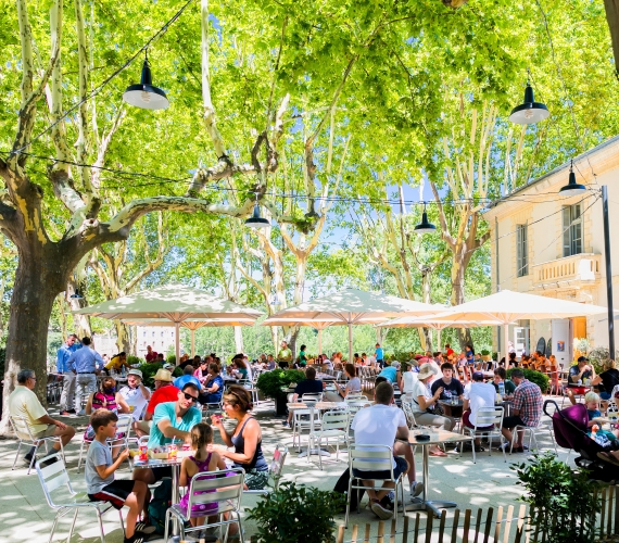 Terrasse restaurant - Pont du Gard - Aurélio RODRIGUEZ - Site de Pont du Gard